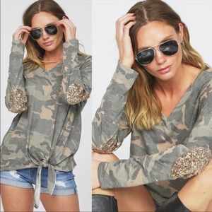 Tops - ❤️Camo V-Neck Knit Top with bottom tie